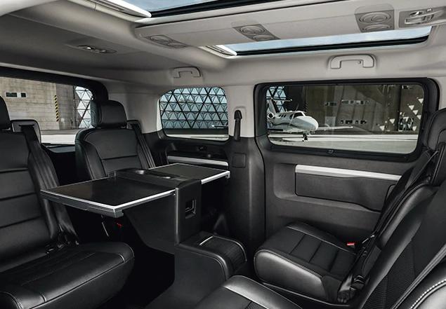 Peugeot Traveller Allure 2020 resena opiniones