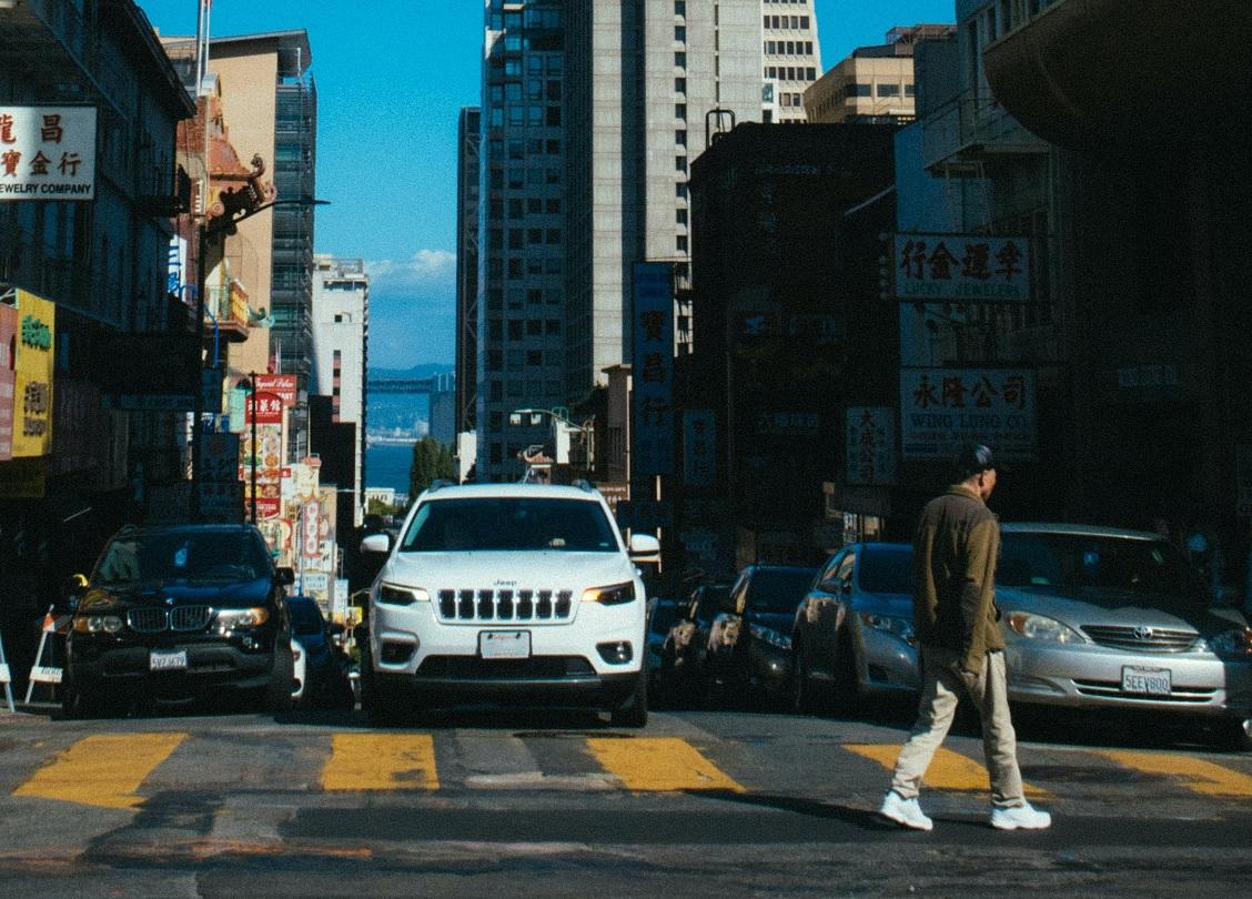 Las SUV son letales para los peatones según el IIHS