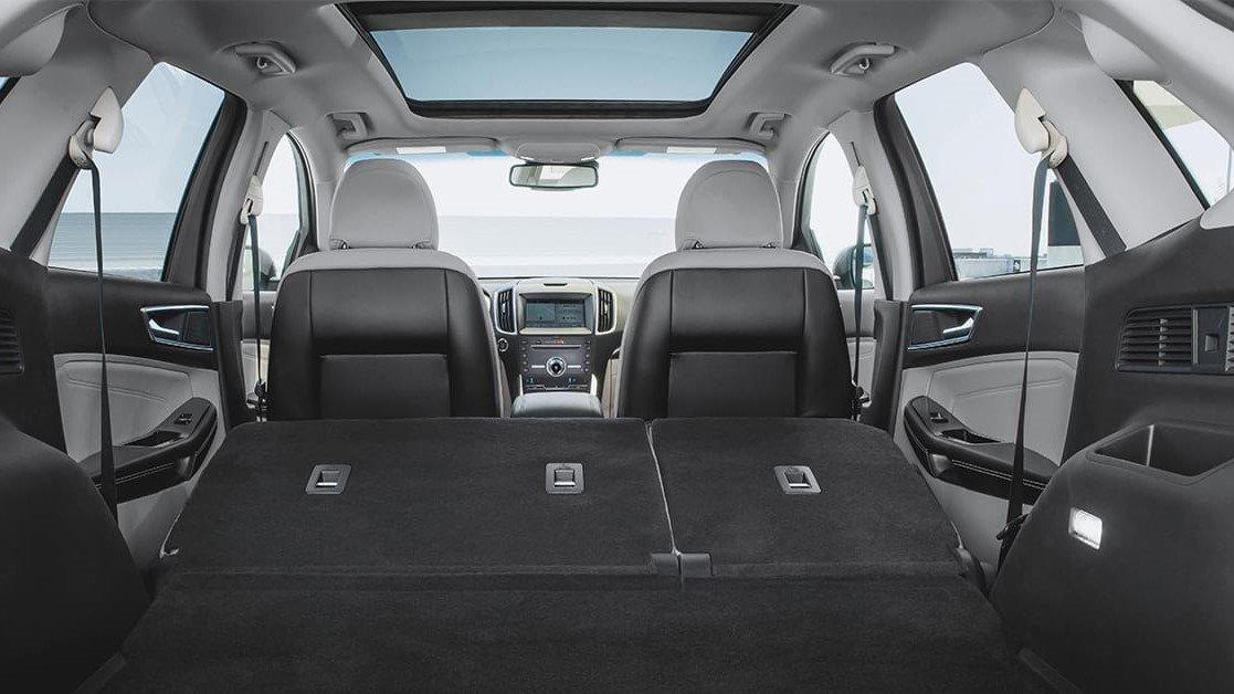 El interior ford edge precio mexico se adapta de buena forma a los requerimientos de la vida familiar