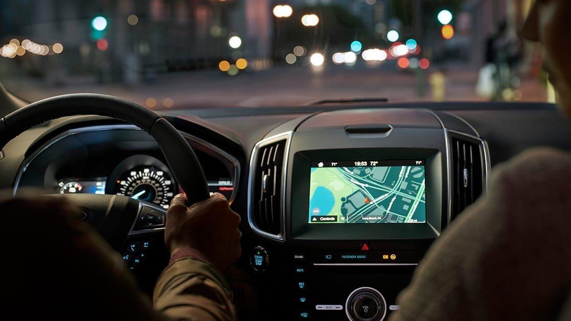 La ford edge precio mexico tiene un diseño interior llamativo que no pierde funcionalidad