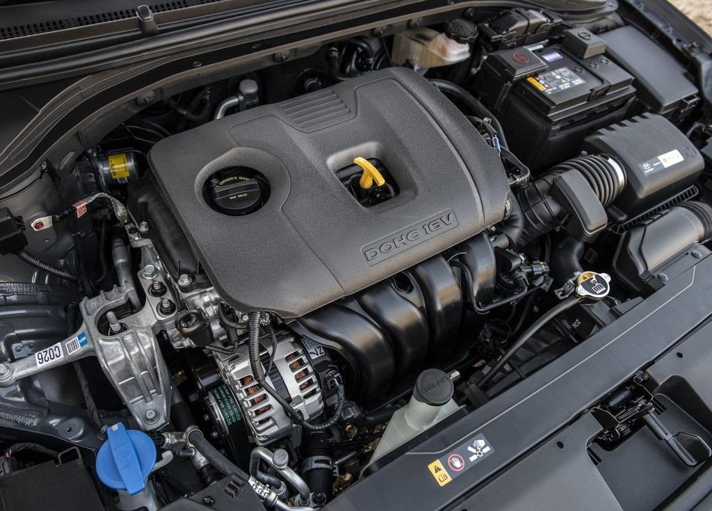 Hyundai Elantra Precio 7