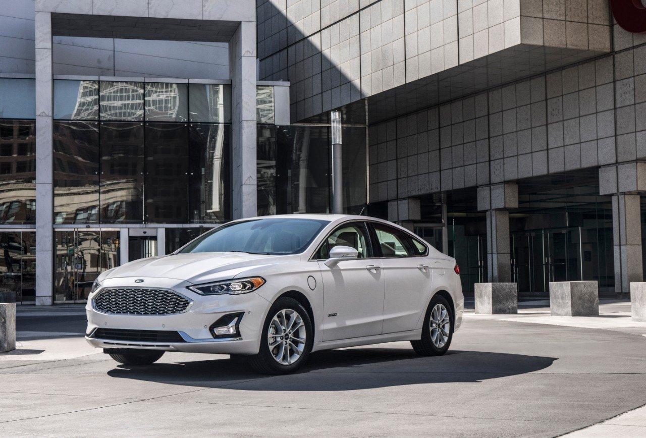 autos ahorradores de gasolina - ford fusion