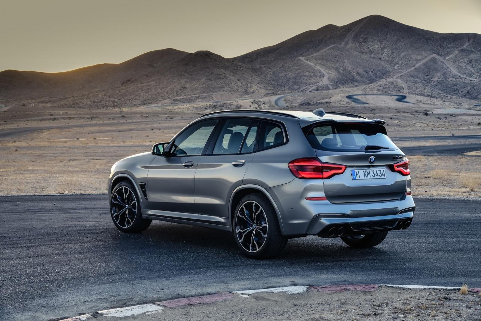Mercedes-Benz GLC 300 4Matic 2020 BMW X3 xDrive30i 2020 comparativa
