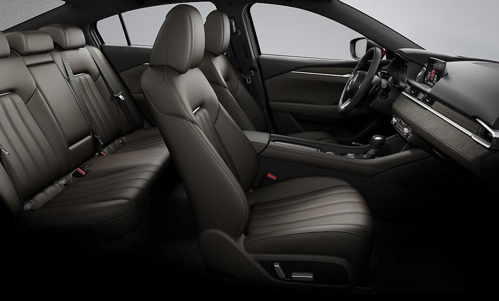 El Mazda 6 tiene un interior amplio