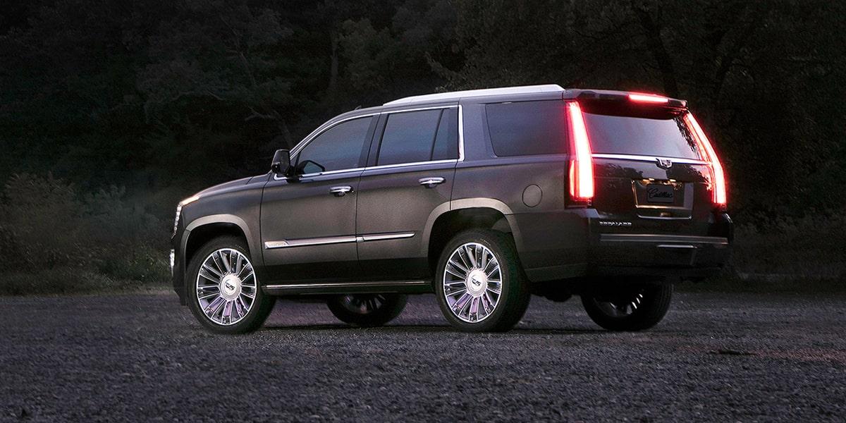 La Cadillac Escalade precio mexico se vende en tres versiones