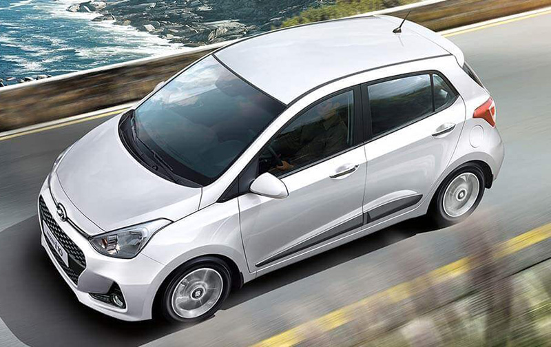 Nissan March Exclusive AT 2020 Hyundai Grand i10 GLS TA Hatchback2020 comparativa