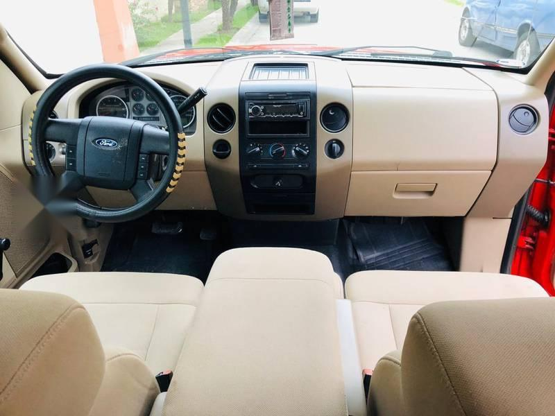 ford lobo 2006 4 puertas motor 4.6 cambio