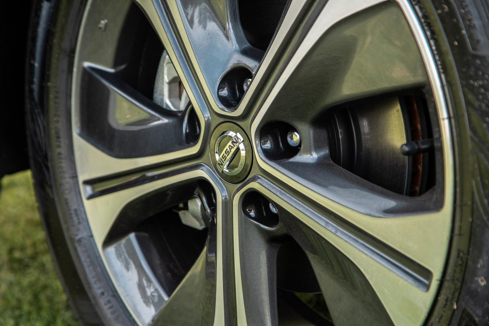 Nissan Leaf precio 3