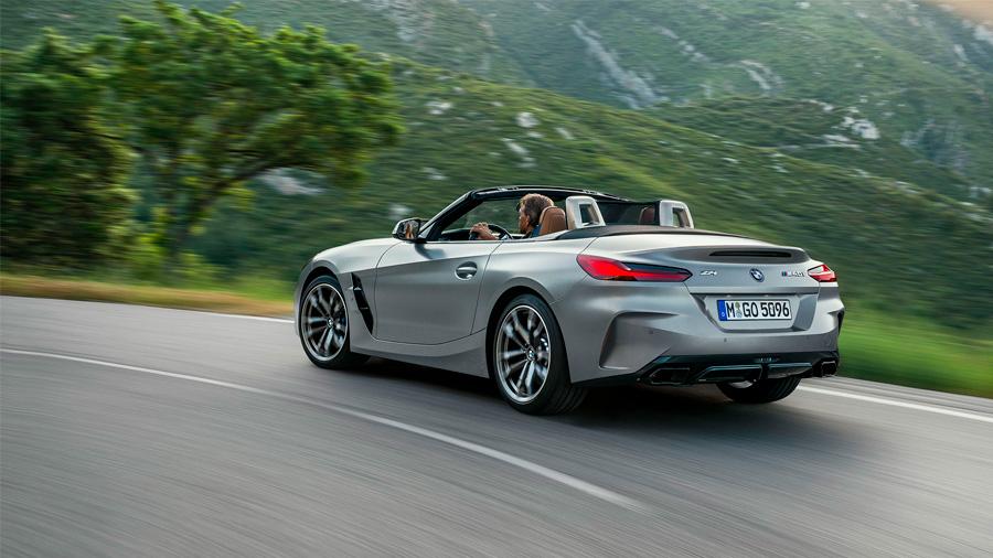 El BMW Z4 M40i 2021 resena opiniones es un convertible que ofrece una conducción divertida, así como gran lujo y confort