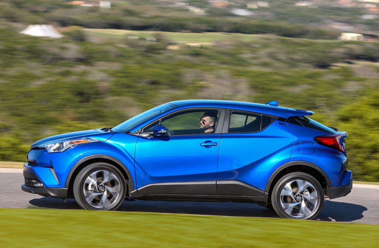 La Toyota C-HR precio mexico tiene líneas modernas
