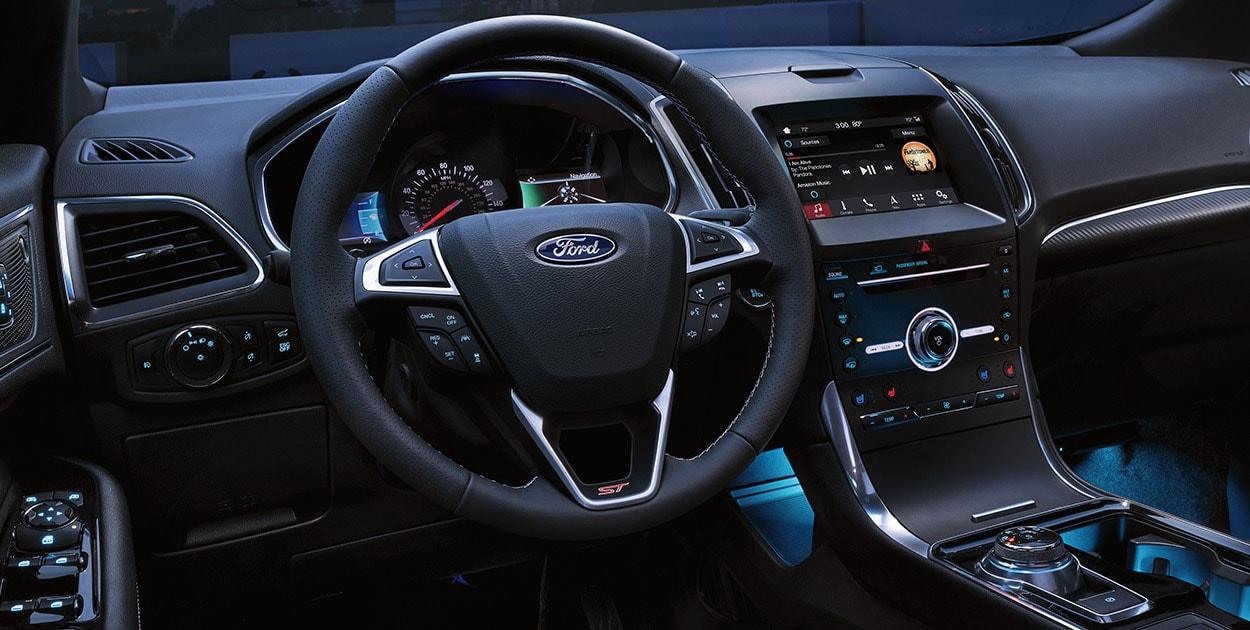 Chevrolet Blazer RS 2020 Ford Edge ST 2020 comparativa