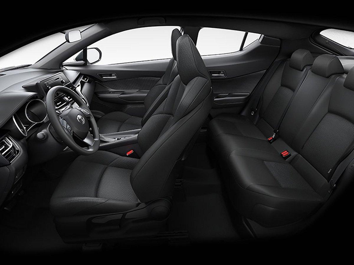 La Toyota C-HR CVT tiene buena calidad en su interior