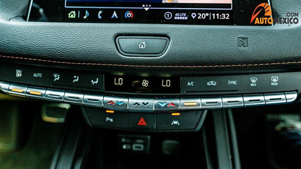 La Cadillac XT4 precio mexico tiene transmisión automática de nueve velocidades