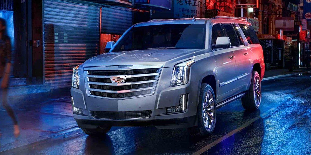 La Cadillac Escalade ESV Platinum tiene control electrónico de velocidades