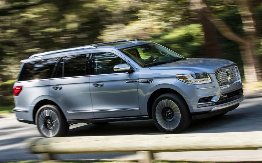 La Lincoln Navigator Reserve Larga tiene tracción integral
