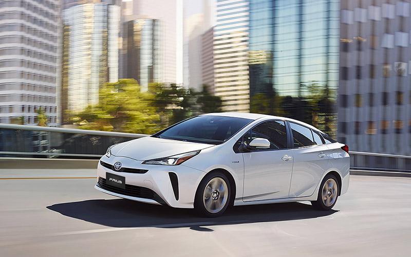 Toyota Prius precio 3