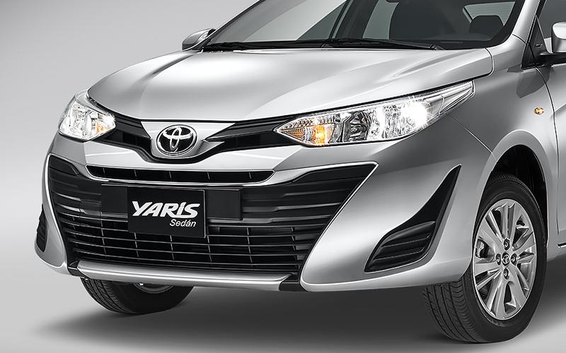Toyota Yaris precio 4