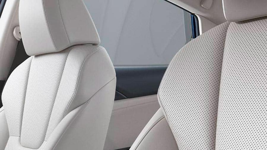 Los asientos del Honda Insight están forrados en piel