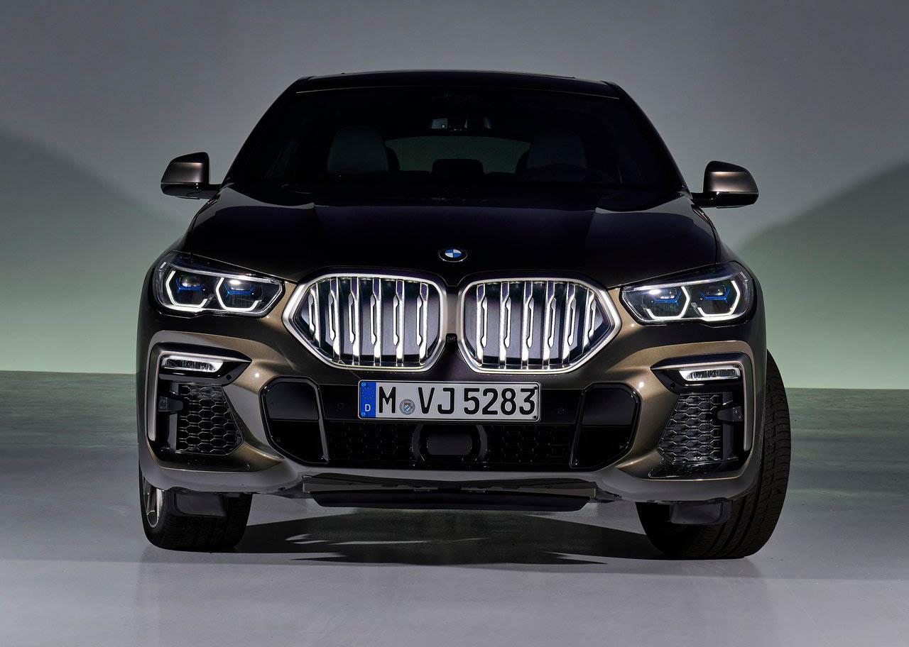 La BMW X6 M50itiene iluminación LED