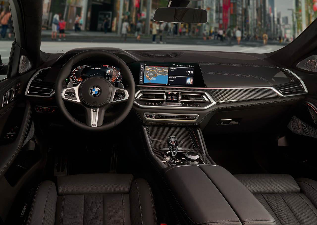 La BMW X6 M50itiene un interior lujoso