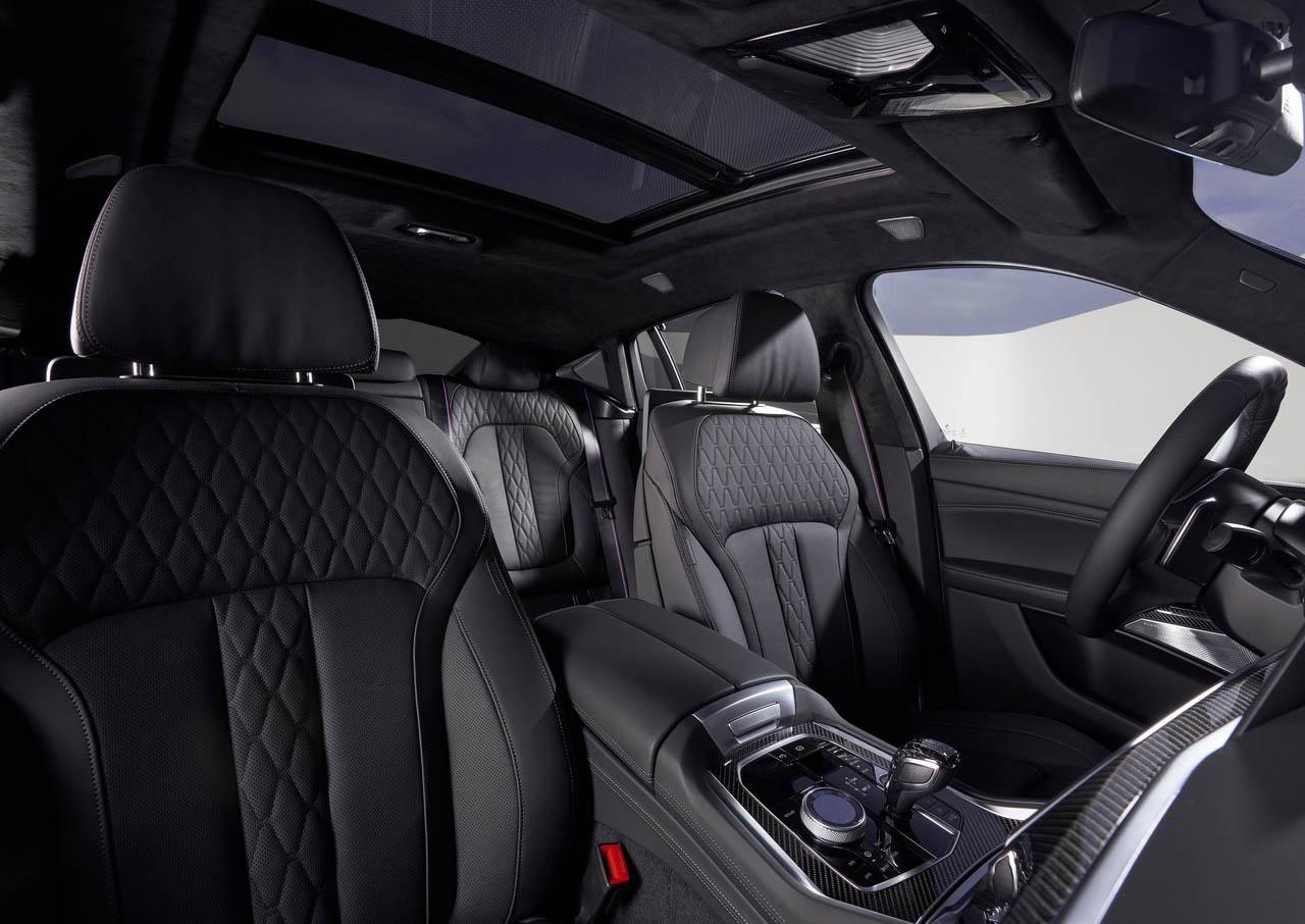 La BMW X6 M50i tiene un diseño interior sofisticado