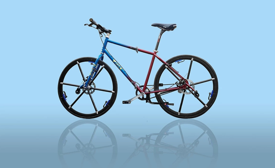 Video: Tuck Bike la bicicleta que tiene hasta las ruedas plegables