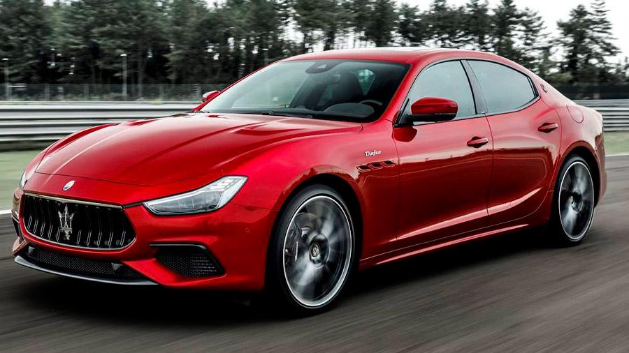 El Maserati Ghibli registra una velocidad punta de 236 km/h