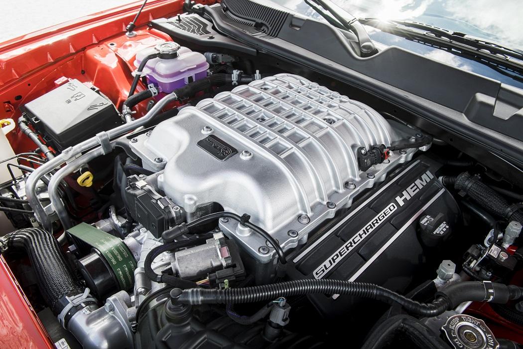 Dodge Challenger Super Stock 2021