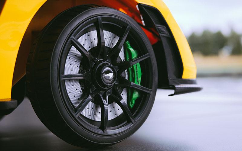McLaren Senna Ride-On llantas