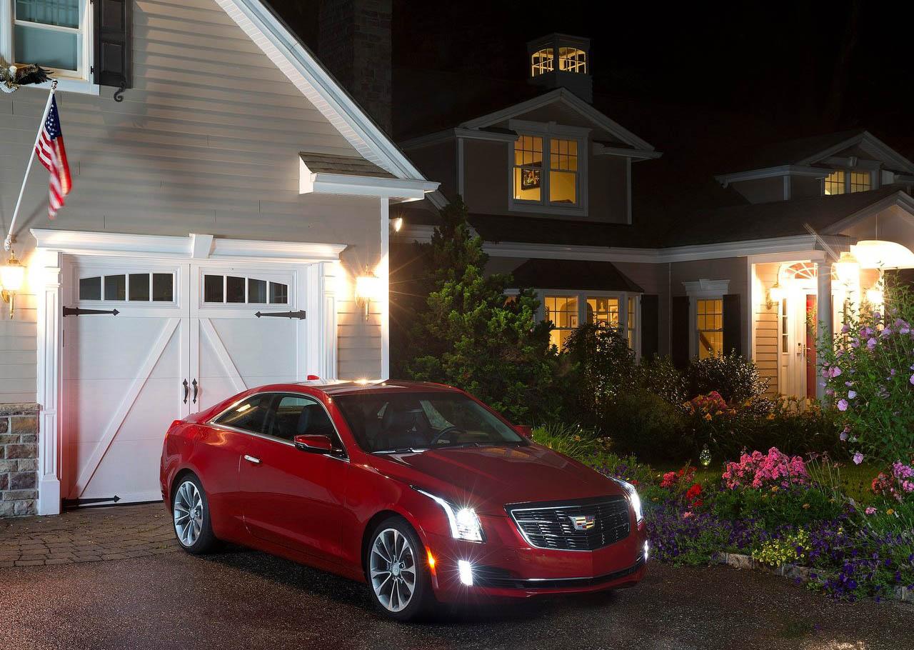 El Cadillac ATS Coupé tiene transmisión automática de 8 velocidades
