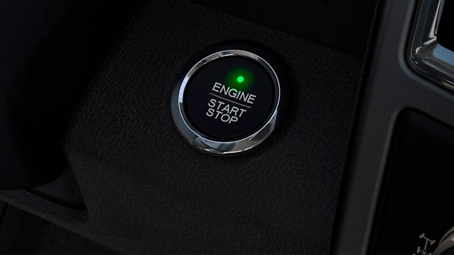 La versión de entrada lleva un V8 de 5.0 litros