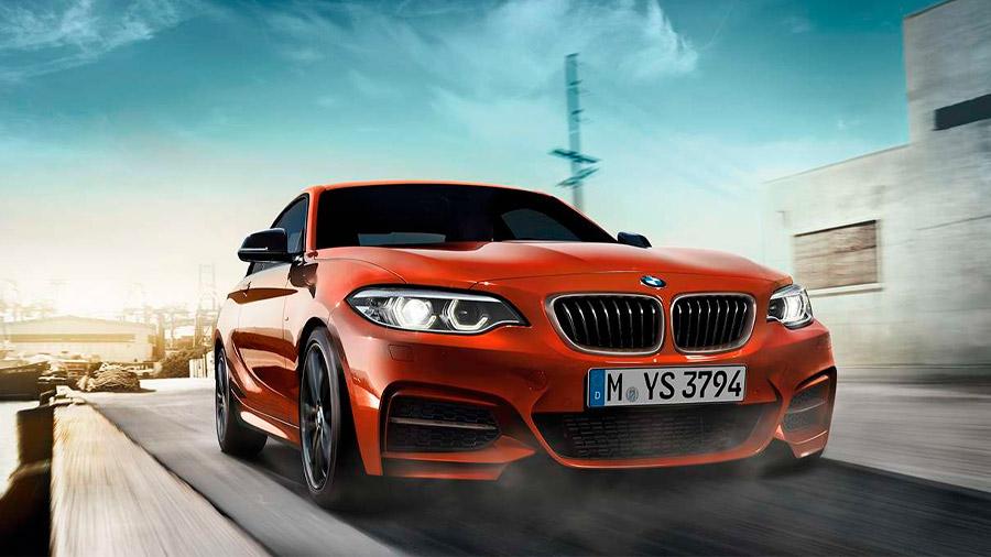 El BMW Serie 2 es otra de las alternativas más completas si buscas un coche con tracción trasera