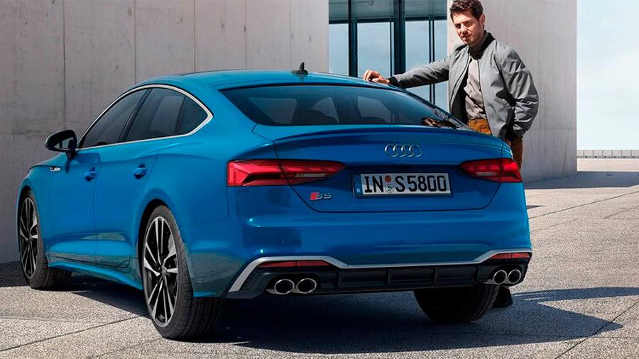 El Audi A5 sorprende por su diseño deportivo y lujoso, así como su manejo dinámico y confortable