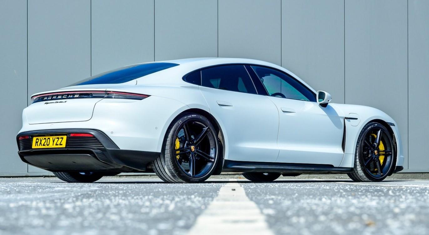 Porsche Taycan Turbo S 2021 resena opiniones