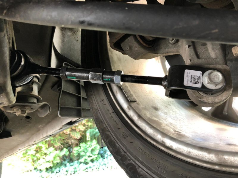Ford Explorer dedo del pie trasero