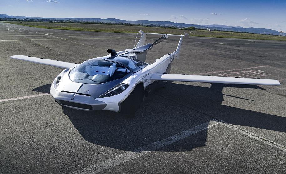 Video: El AirCar superó exitosamente su primera prueba de vuelo