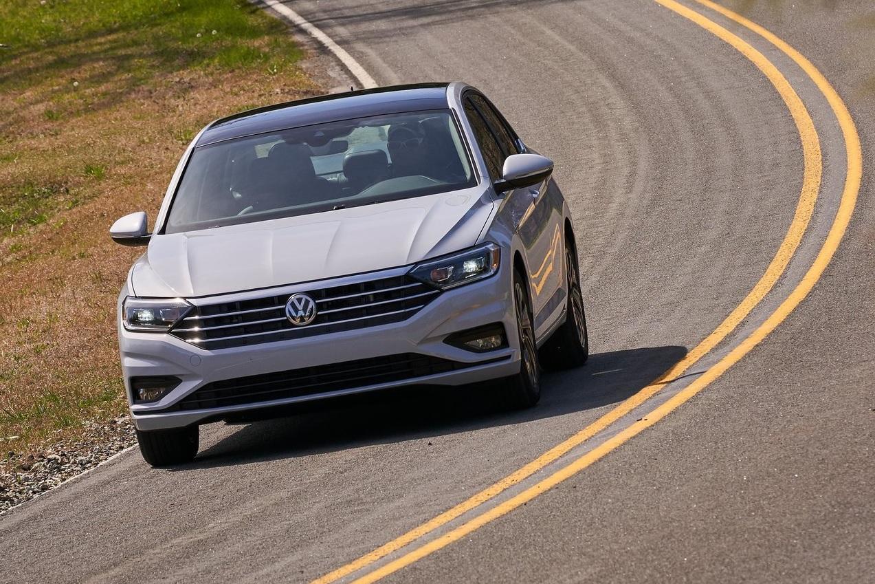Volkswagen Jetta Highline 2021 resena opiniones