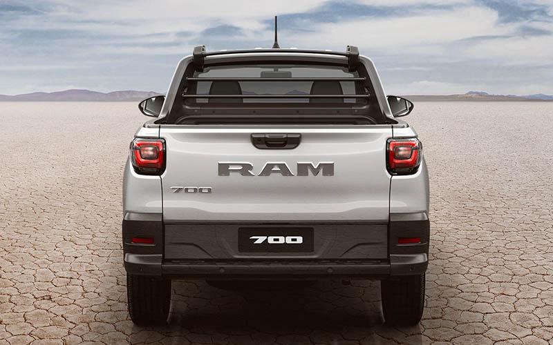 Dodge Ram 700