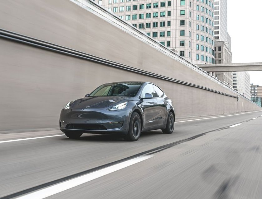 Tesla Model Y precio 2