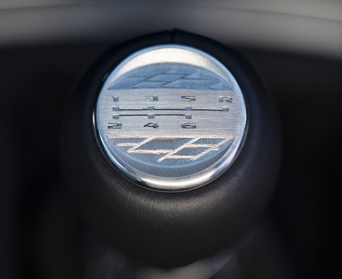 Cadillac V-Series Blackwing caja manual