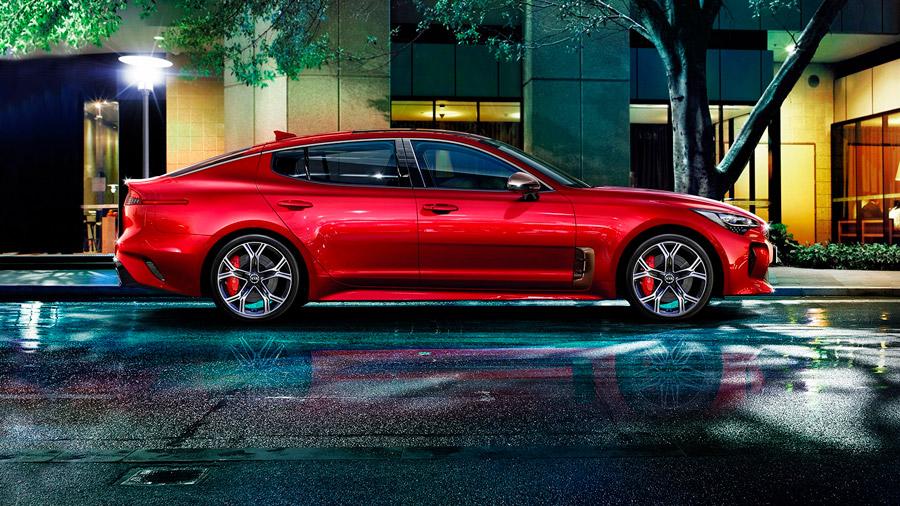 Es un auto de estilo deportivo bien equilibrado en el apartado de diseño, equipamiento y desempeño