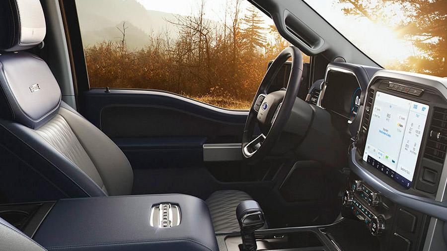 Los asientos, tanto delanteros como traseros, cuentan con tecnología calefactable