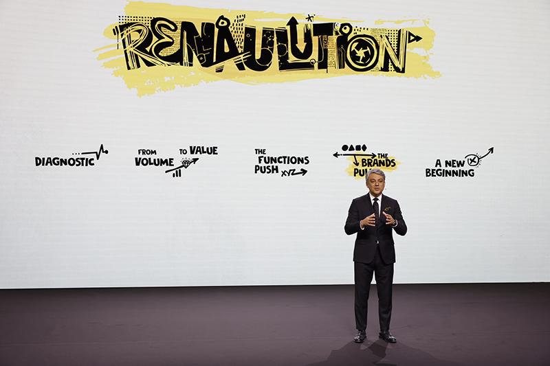 Luca de Meo explica Renaulution
