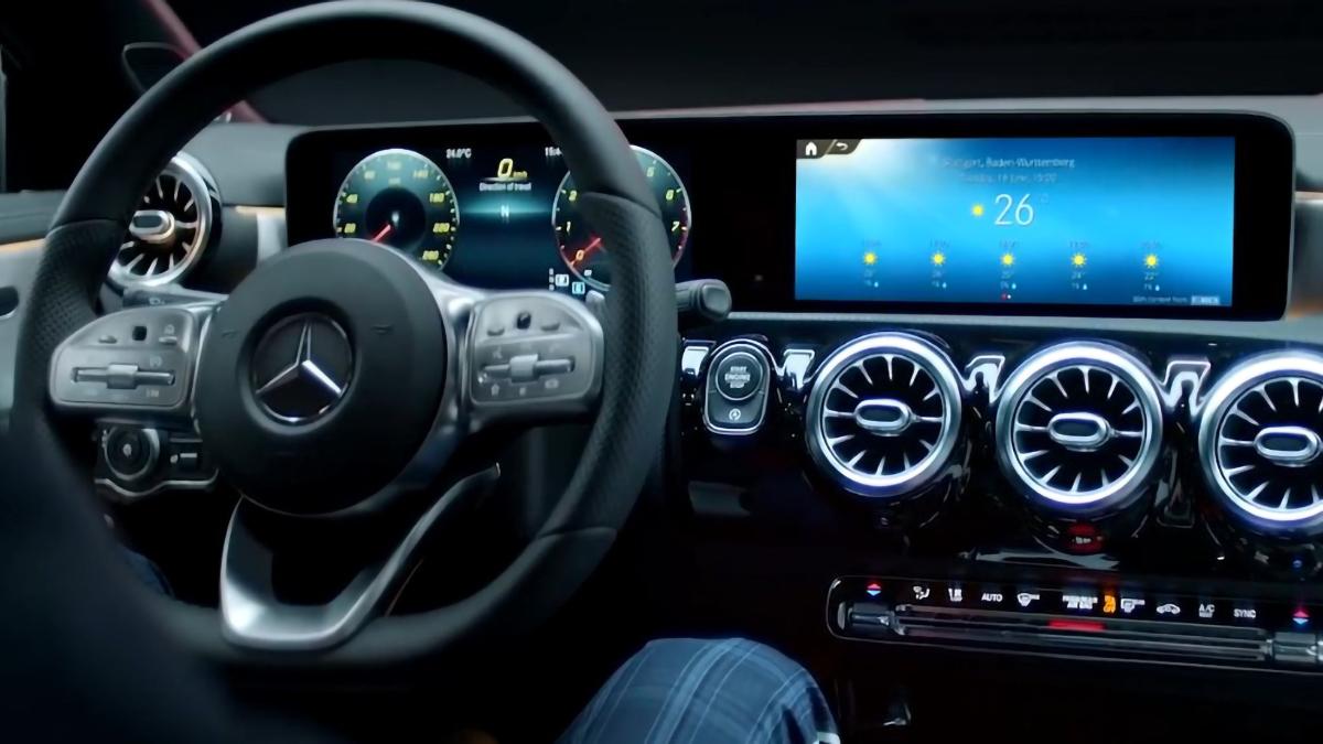 Mercedes-Benz Clase CLA interior
