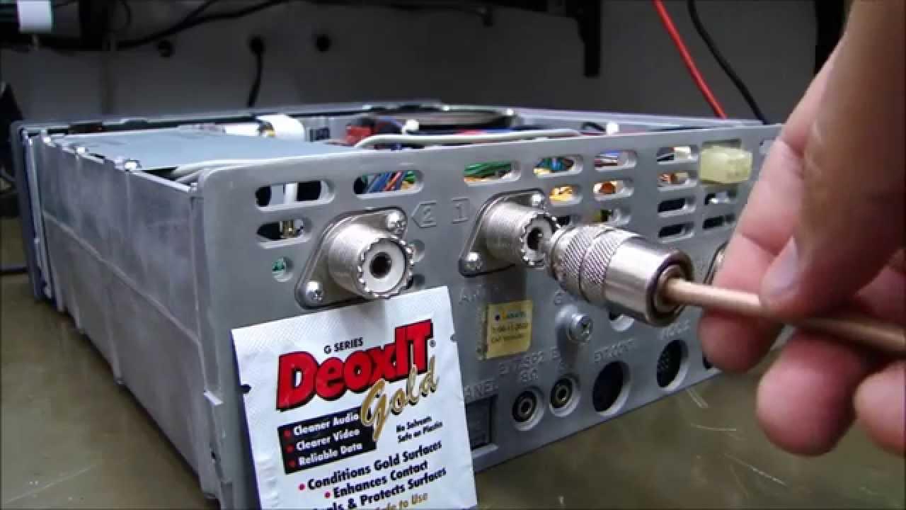 Adaptador para antena de auto