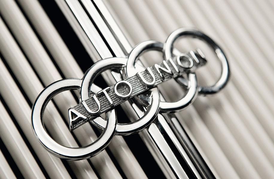La historia y evolución del logo de Audi