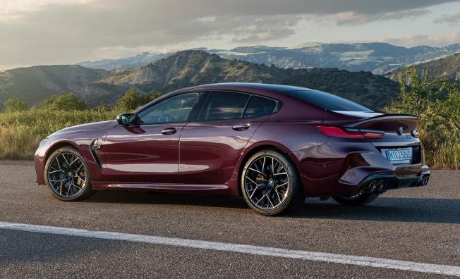 BMW M8 Gran Coupé Competition 2021
