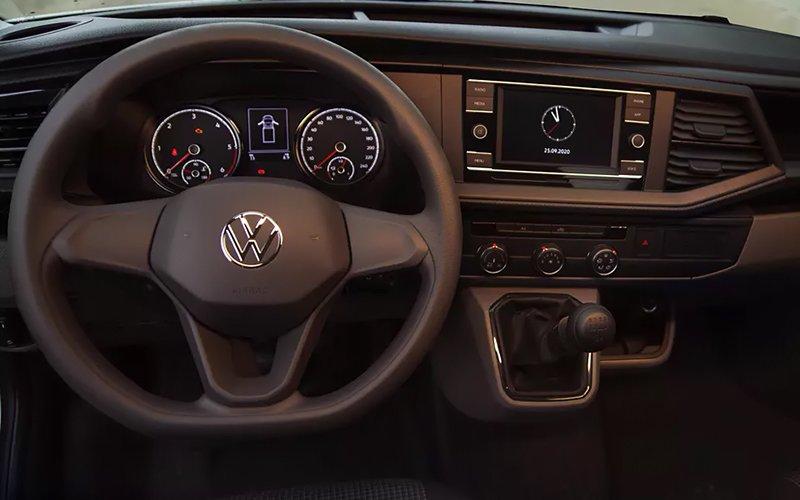 Volkswagen Transporter 6.1 Cargo Van MT AA 2021 resena opiniones