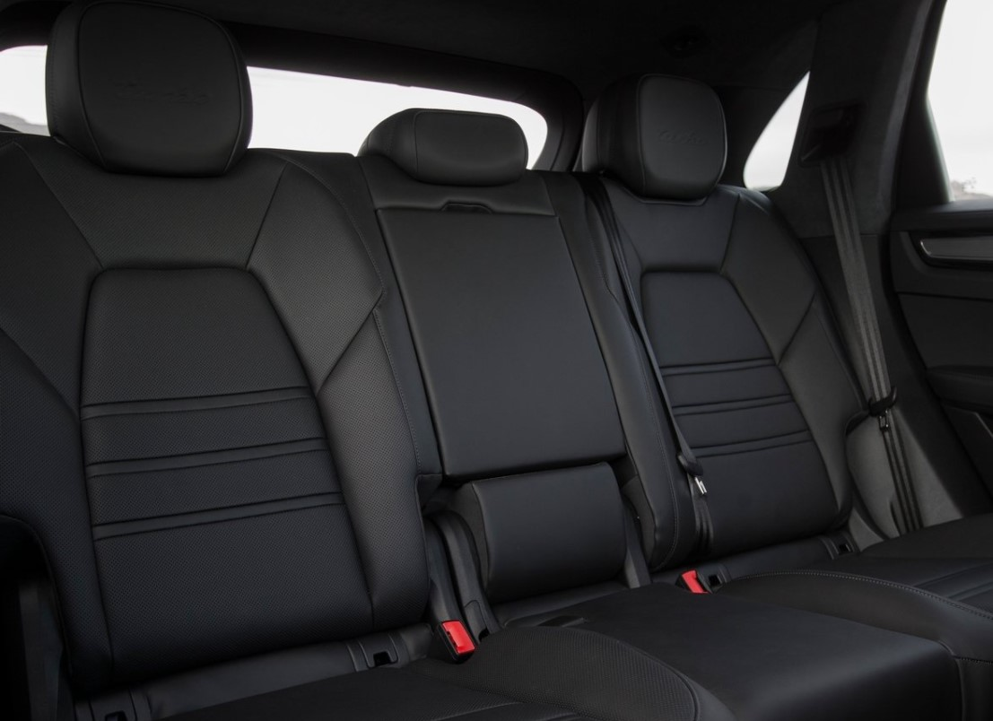 Porsche Cayenne Turbo 2021 resena opiniones