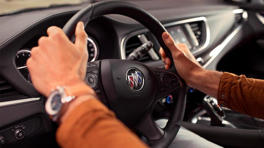 Ofrece una conducción agradable gracias a su potente motor V6 de 3.6 litros